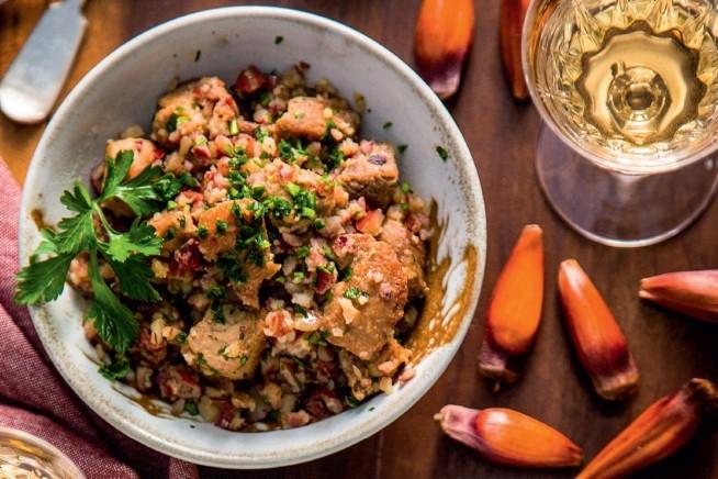 Especial dia do Gaúcho: Paçoca de pinhão com carne assada