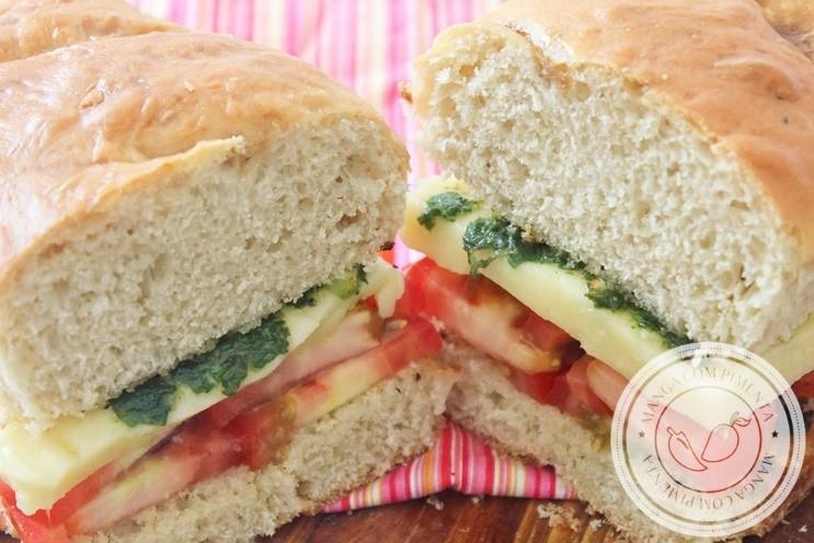 Sanduíche Caprese com Pesto - Receitas de Verão