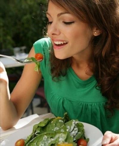 Nove alimentos que ajudam na digestão